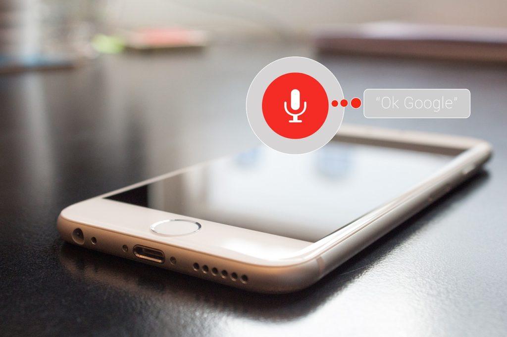Usage de la reconnaissance vocale sur un smartphone